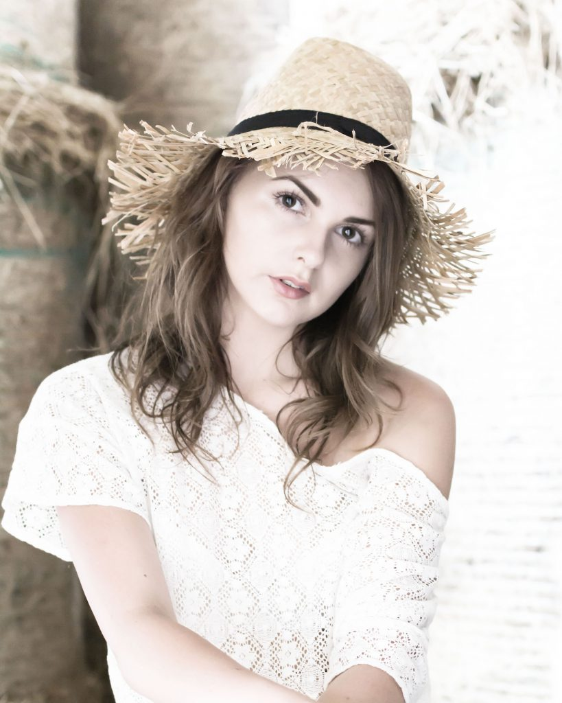 the Portrait photography tips and techniques described here were used in this outdoor, natural lighting portrait of a young women
