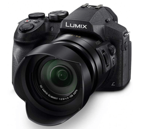 Best Point And Shoot Camera Panasonic Lumix FZ300 showing the 60x Vario zoom lens